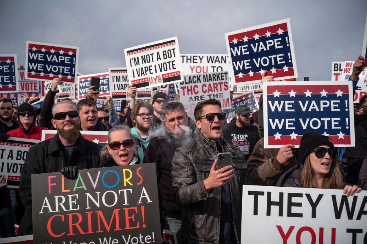 Vaping Rally Washington DC for Donald Trump's Flavors Ban